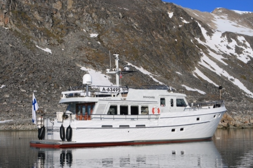 Altena 53 Custom Trawler